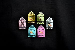 Wooden birdcage buttons