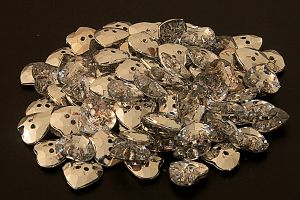 Heart crystal buttons, 12mm (half inch wide)
