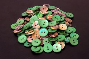 Round green mother of pearl buttons